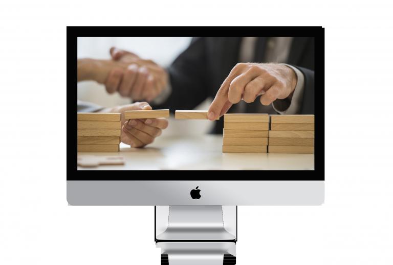iMac-psd-mockup-template-1